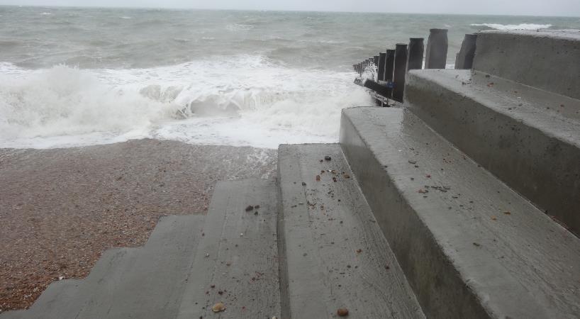Polipropileno armavimo pluoštas didina jūrinių betono konstrukcijų atsparumą korozijai